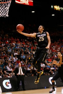 Spencer Dinwiddie attempts a layup during the second half. (Kai Casey/CU Independent)