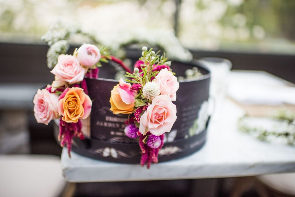 Romantic Jedidiah Hawkins Inn Wedding Kaitlyn Ferris New York Getting Ready Bridal Suite Bold Flowers