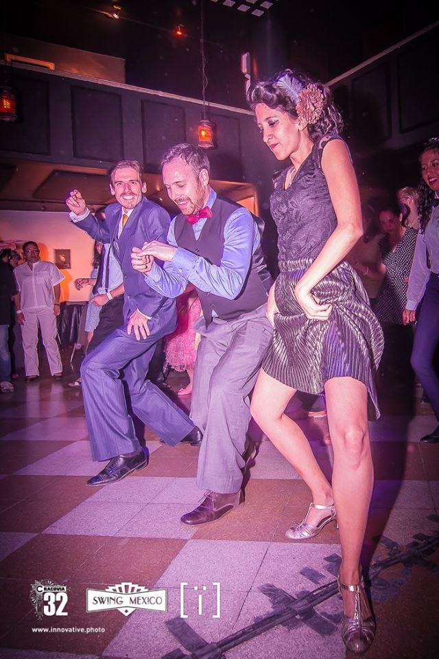 Moderno Trajes De Etiqueta De Baile De época Ideas - Ideas de ...