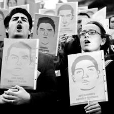 Las voces, fragmentos de «Una historia oral de la infamia»