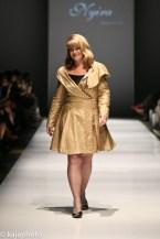 Photographer Michelle Valberg wears Nyira