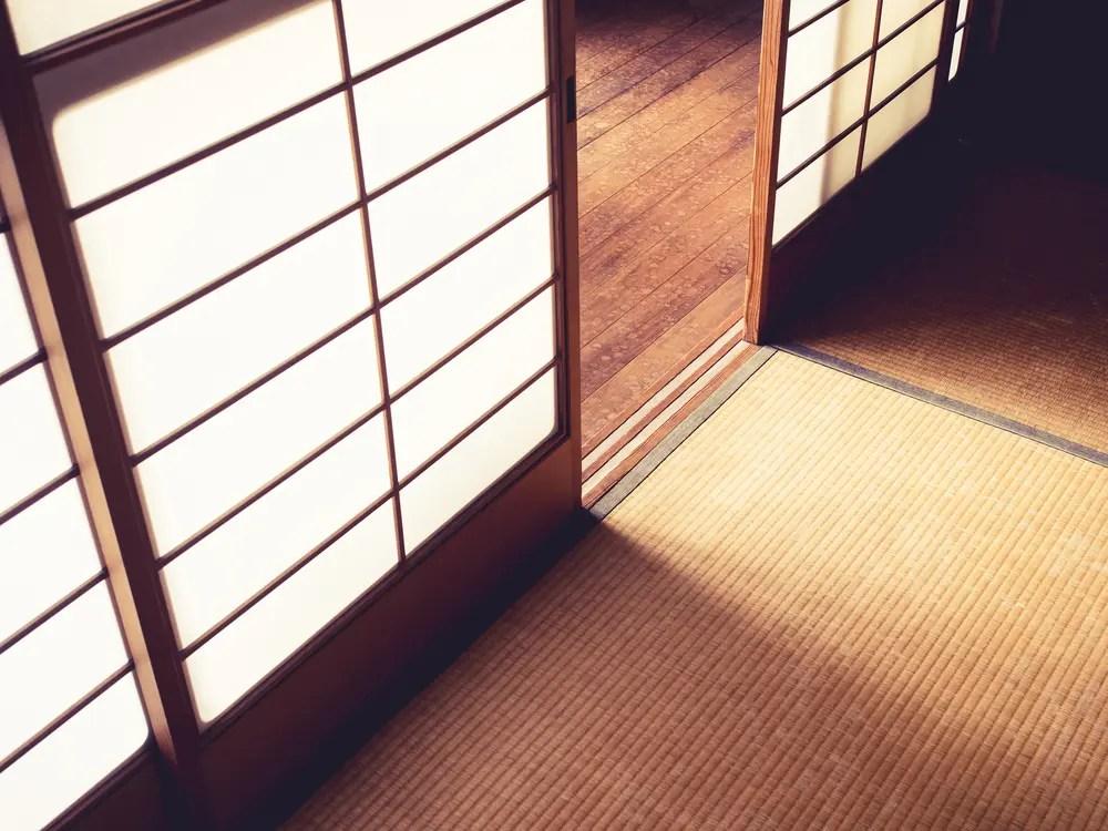 和室の老化と畳のイメージ画像