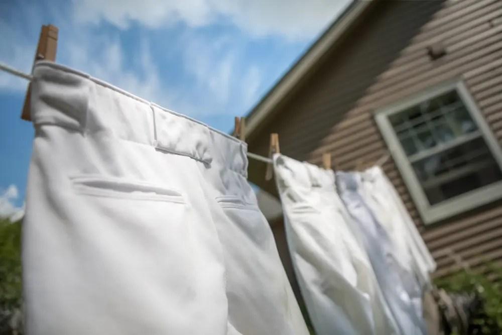 泥汚れに強い洗濯洗剤ポールで洗濯したイメージ画像