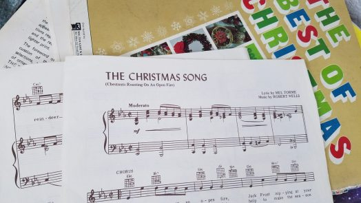 Piano music The Christmas Song
