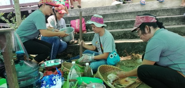 The traditional food festival was held at Lanjak, West Kalimantan from September 14-15 and was organised by Indonesian Indonesian community-based natural resource management (CBNRM) NGO, Riak Bumi