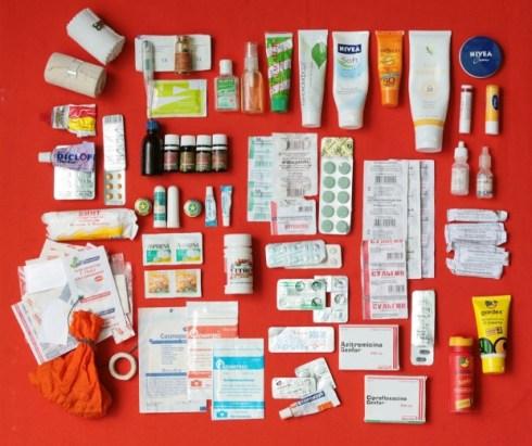 Как правильно собрать аптечку для ребенка?