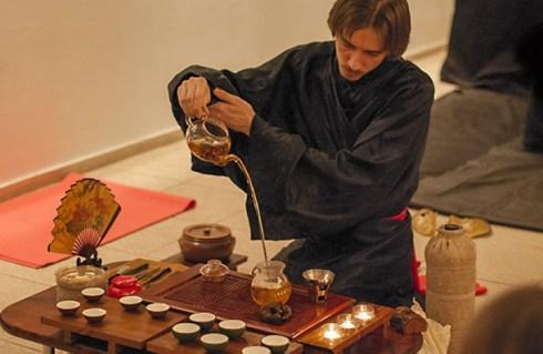 Сколько завариватт Среднелистовой черный чай?