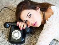 Как правильно разговаривать по телефону?