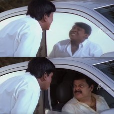 Vadivelu combing hair in madan pop's car