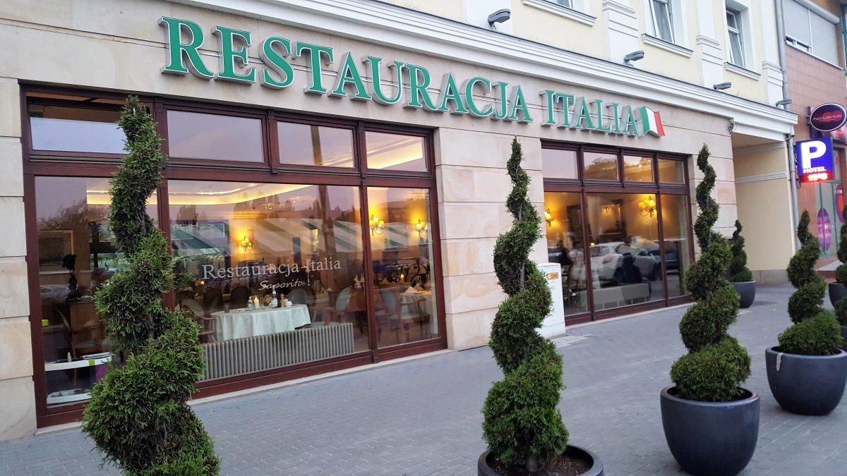 Restauracja Italia Włoska Kuchnia W Centrum Poznania