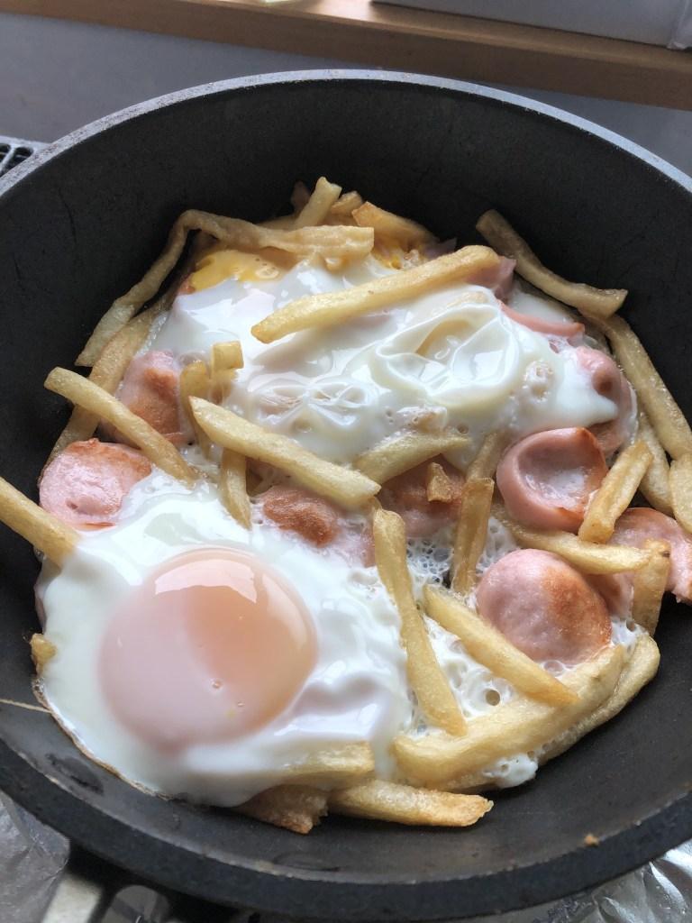 ポテトと卵と魚肉ソーセージ