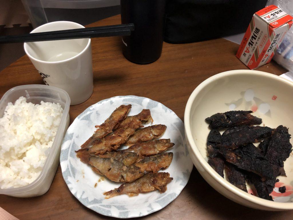 小魚の唐揚げ定食