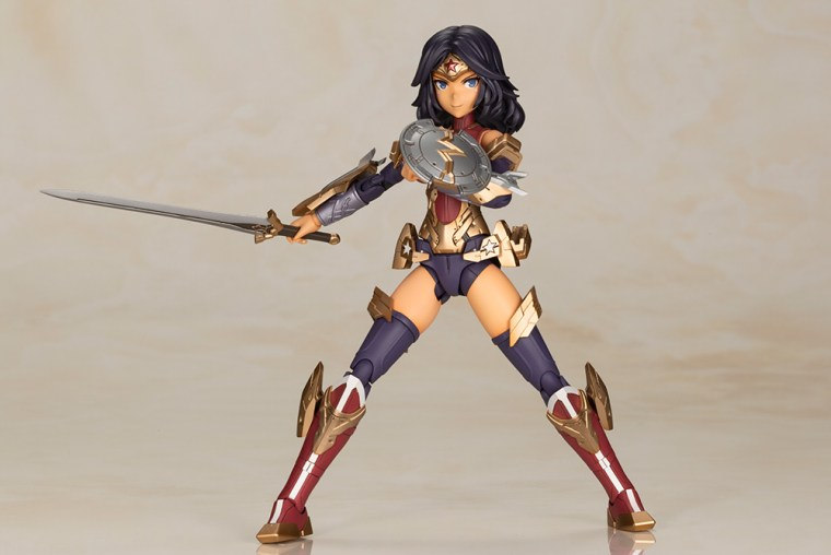 Wonder Woman Kotobukiya 15