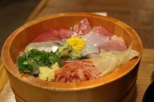 沼津港かねはちの海鮮丼「駿河丼」