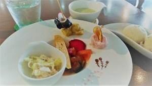 アノテマリのランチ前菜