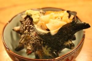 伊豆稲取 魚八寿司のサザエ