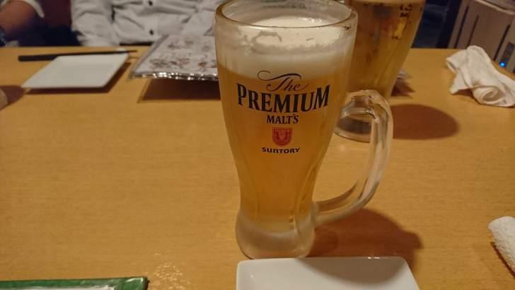 まずはビールで・・