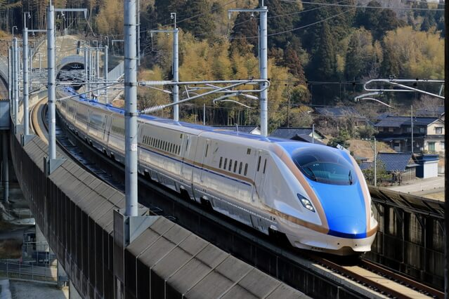 北陸新幹線『かがやき』