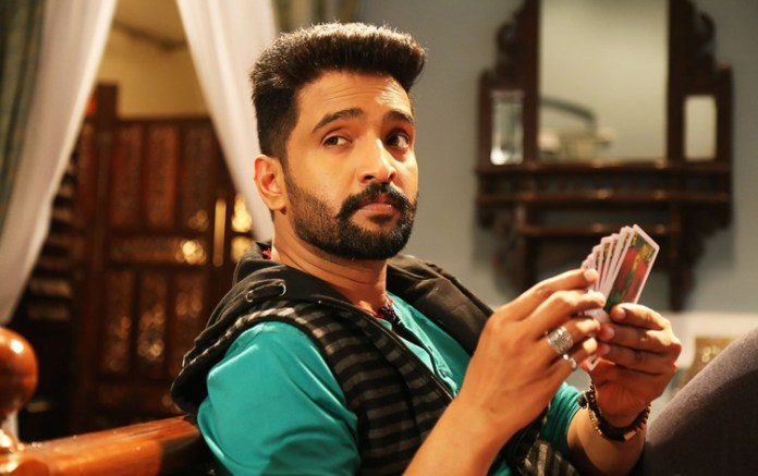 Dhilluku Dhuddu-2 first look promises aplenty