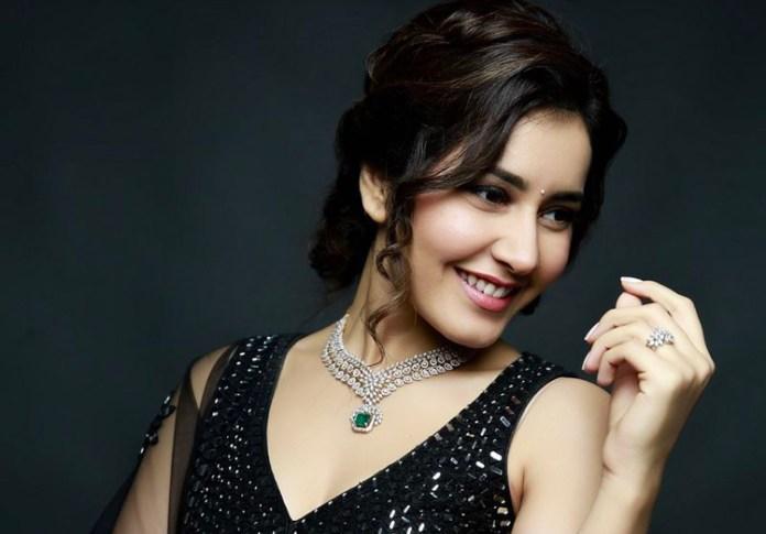 Actress Rashi Khanna New Gallery