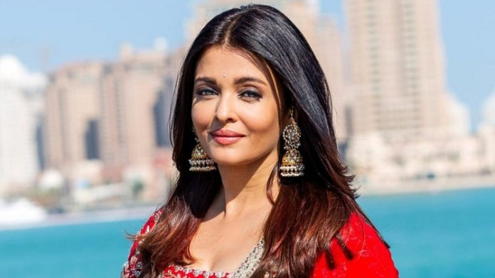 Aishwarya Rai Interview : Aishwarya Rai said in an interview that Ponniyin Selvan has agreed to act in the film | Manirathnam | Vikram