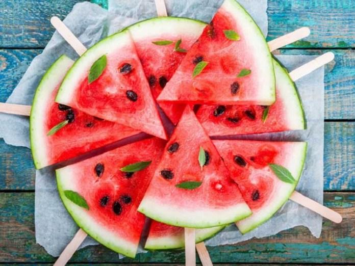 Health Benefits Water Melon : Health Tips, Beauty Tips, Daily Health Tips, Tamil Maruthuvam Tips, Top 10 Best Health Benefits