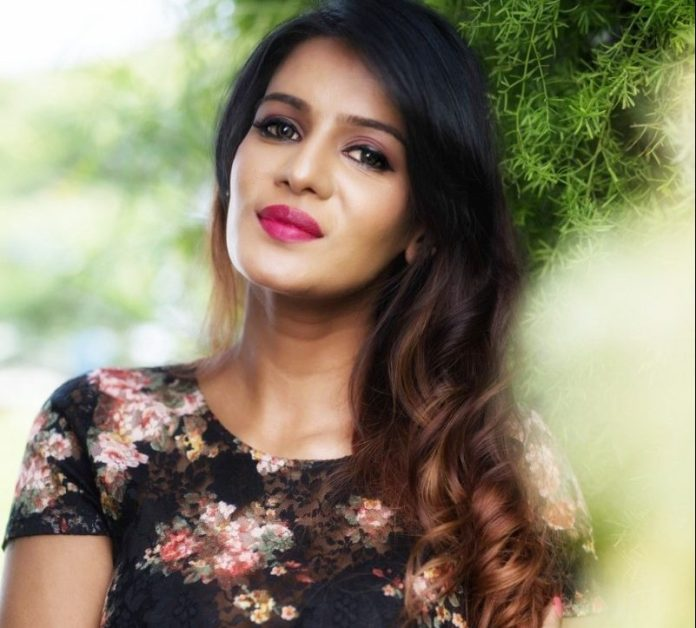 Actress Meera Mitun Latest Stills | Actress Meera Mitun Latest Photoshoot Images | Kollywood Actress | Actress Photo Shoot Images