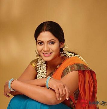 Actress Shruti Reddy New Photos