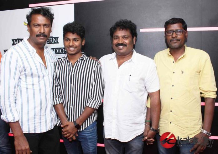 Adutha Saattai Special Screening Stills