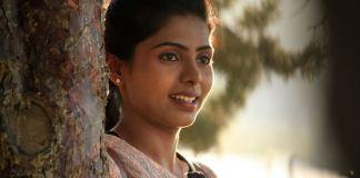 Meendum Oru Mariyathai Movie Stills