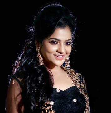 Actress Chithu Latest Photos