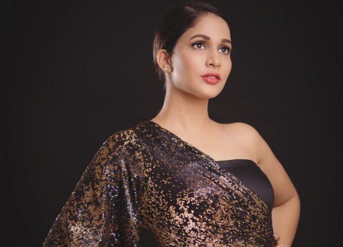 Actress Lavanya Tripati Photos