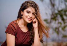 Striking Beauty Aathmika