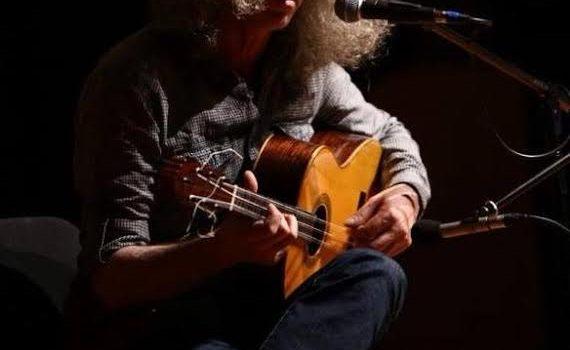 Ahmet Aslan yeni albüm kayıtları için stüdyoya girdi.