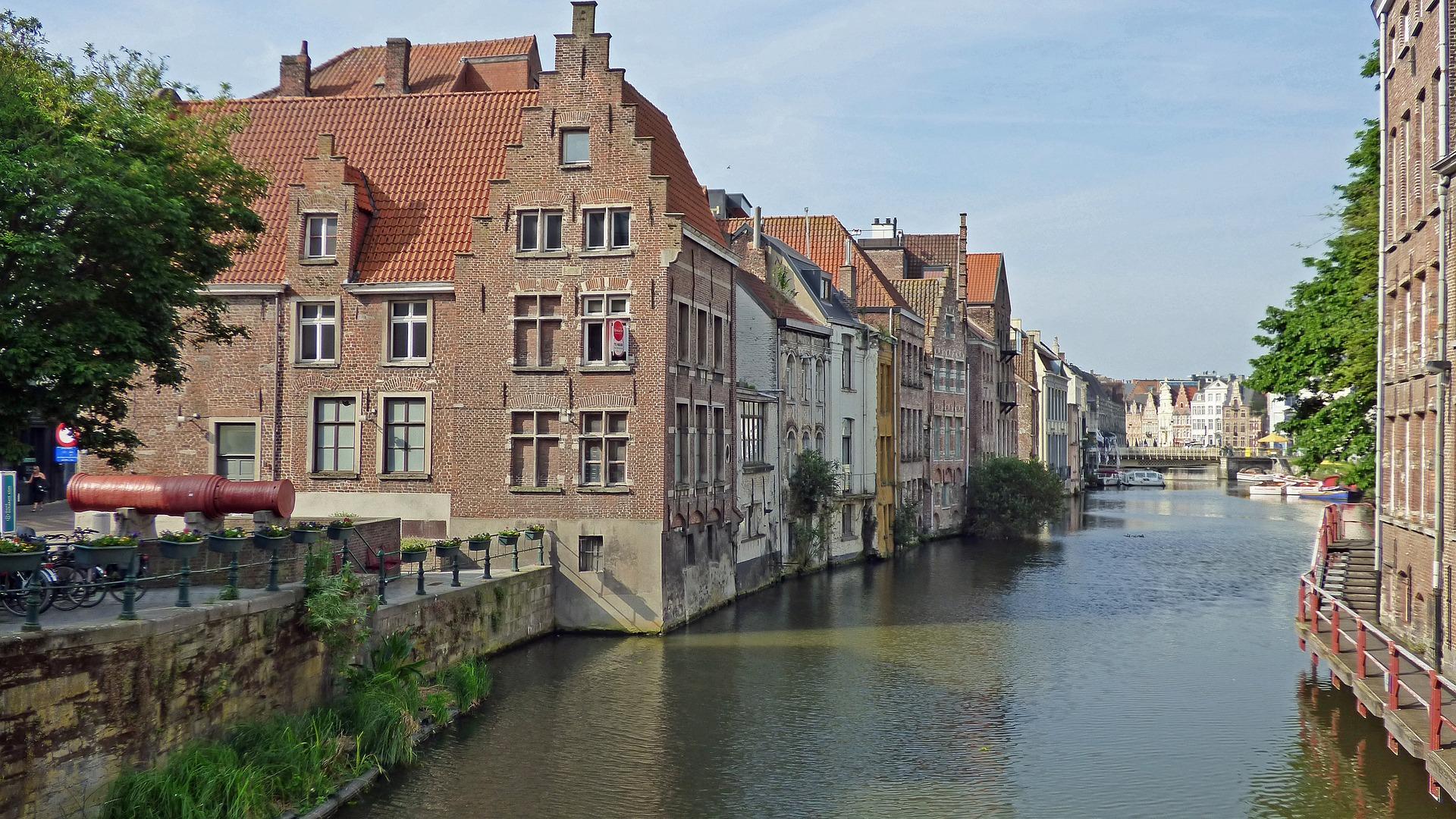 90159e51539c Úti terv: Rotterdamtól Párizsig | #kalandlista