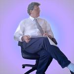katzmire in chair