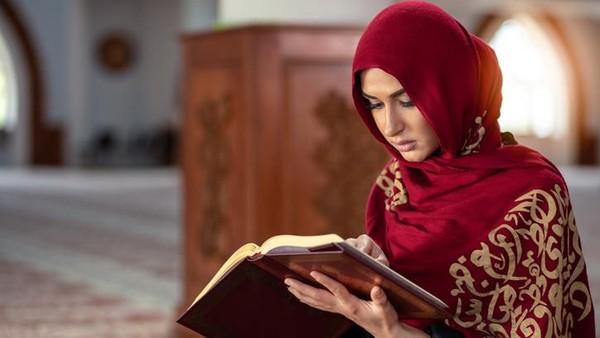 Foto: iStock/Sejarah Penyalinan Mushaf Al Quran di Indonesia/Detiknews