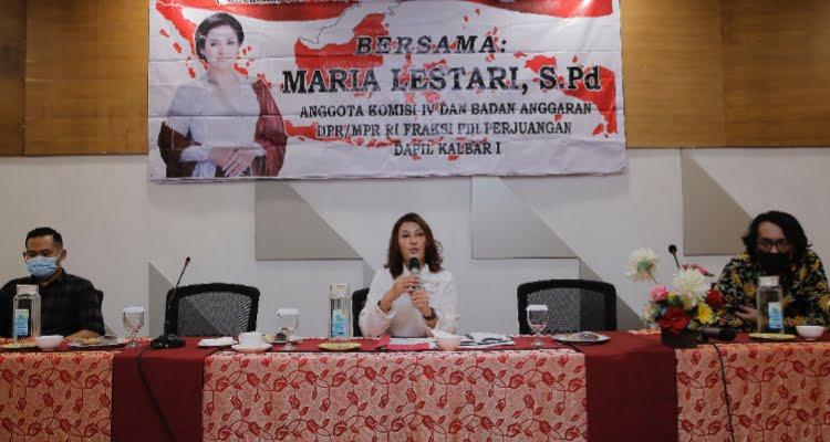 Anggota MPR RI-DPR RI dari Fraksi PDI Perjuangan, Maria Lestari S,P.d menggelar Sosialisasi Empat Pilar di hotel Golden Tulip, Kota Pontianak, Kalimantan Barat, Selasa 9 Februari 2021 pagi.