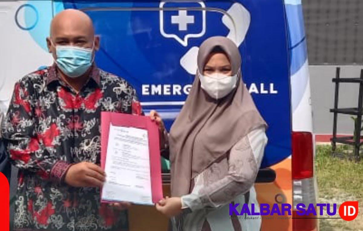 Yayasan Borneo Karya Makmur Lestari Terima 1 Unit Bantuan Ambulance