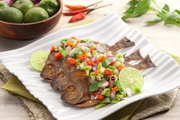 Resep-Ikan-Goreng-Sambal-Dabu-dabu-Kaldu-AlaNia