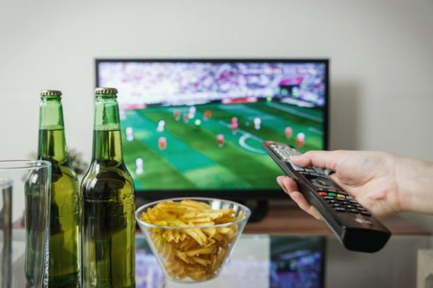 """""""Default Mode"""" may lead us to drink, a snack or TV"""