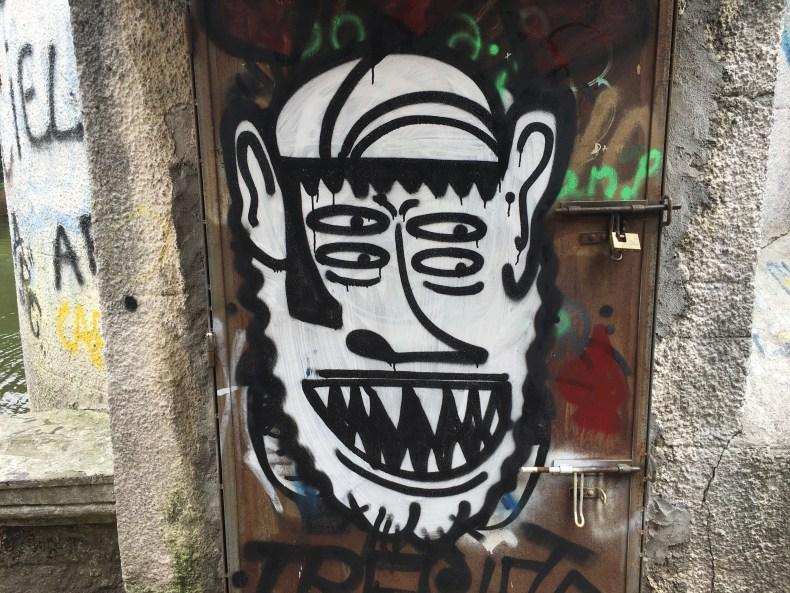 montevideo-street-art-four-eyed-freak