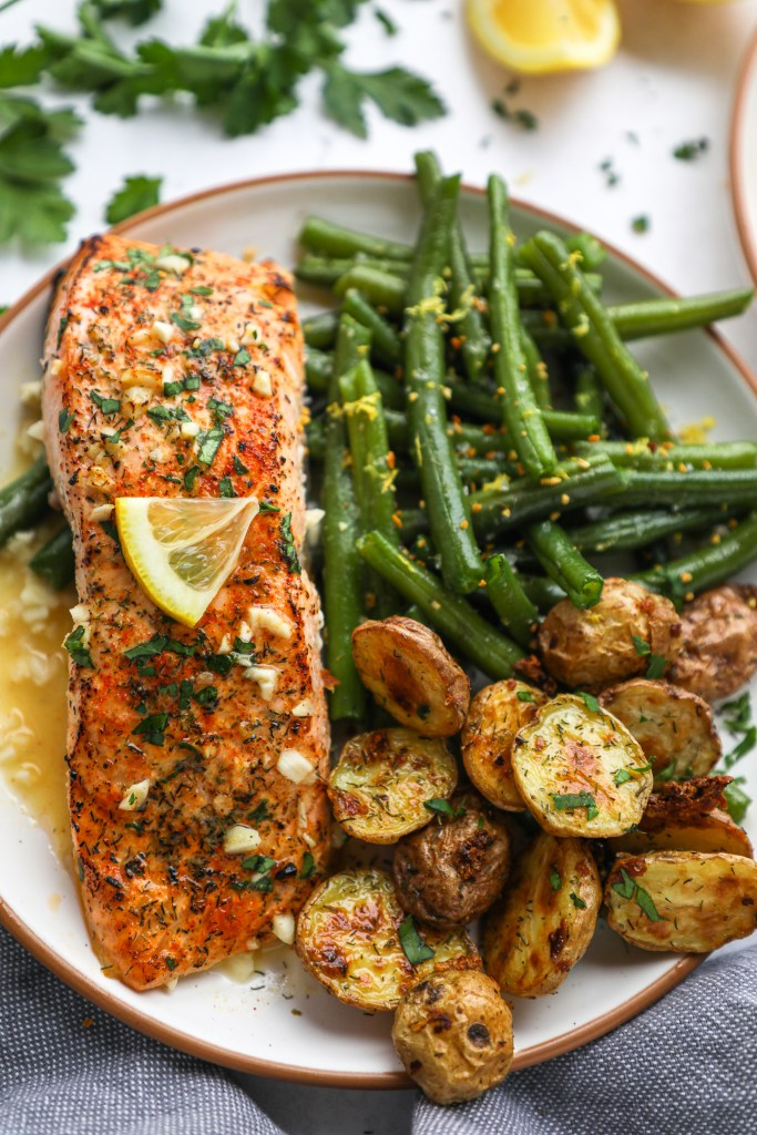 This simple salmon recipe is full of flavor and so simple too! It's perfect for a quick meal during the week and can easily be meal prepped too!