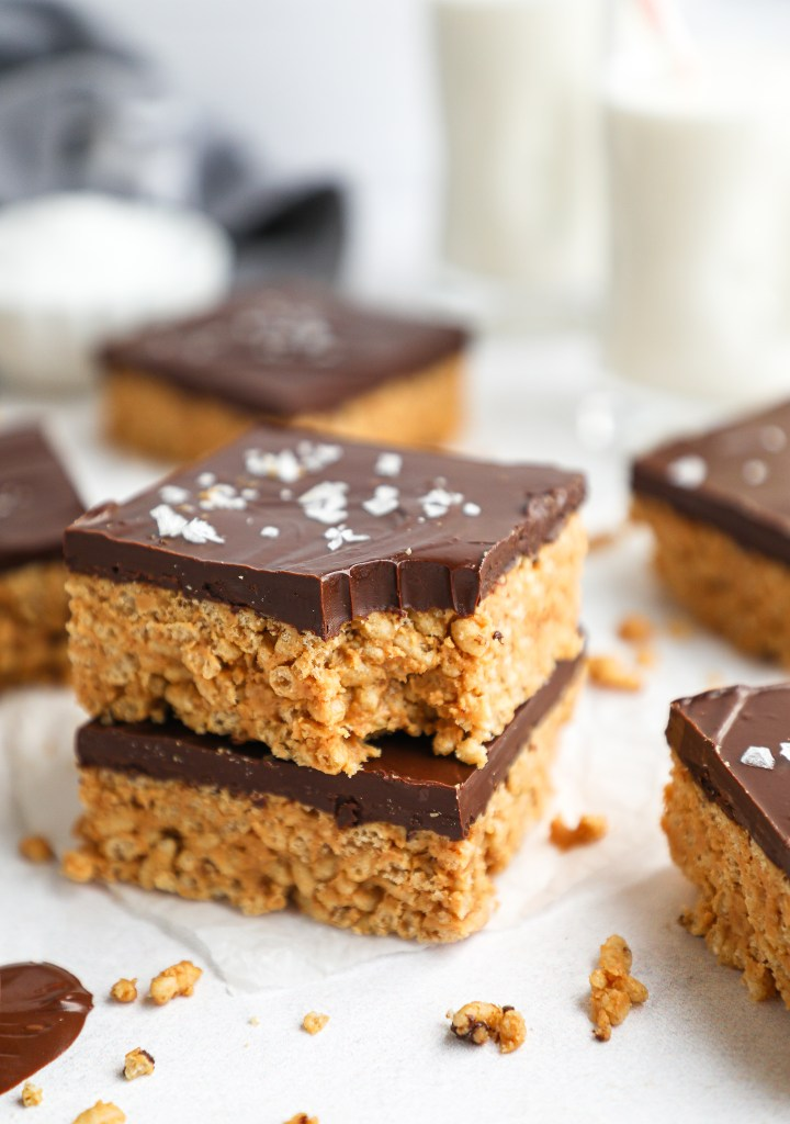 Cripsy rice cereal, smooth peanut butter, honey and chocolate chips are all you need to make these fun and easy treats! They're great for meal prepping and can even be made gluten free and dairy free too!