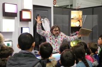 Fabrice Riblet en pleine démonstration au Village des Sciences 2017