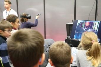 Démonstration de la réalité Virtuelle avec Le HTC Vive au Villge des Sciences 2017