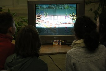 du retrogaming pour les petits avec Mario kart double Dash sur Gamecube au Village des sciences 2017