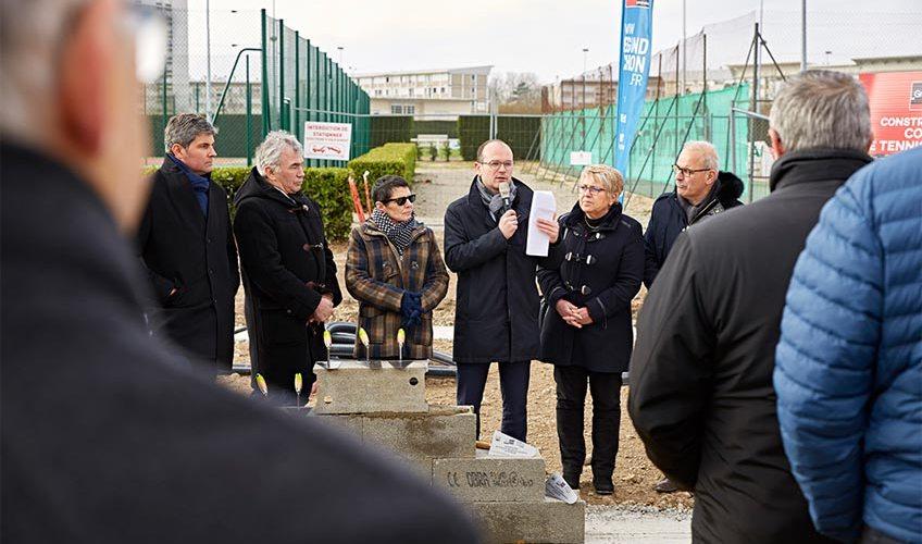 Sébastien Martin, président du Grand Chalon, à participé à la pose de la première pierre au stade Léo Lagrange