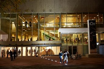 soirée-ouverture-espace-des-arts-®-Julien-Piffaut