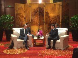 Rencontre-avec-le-vice-maire-de-Suzhou-Conservatoire-à-rayonnement-régional-chalon